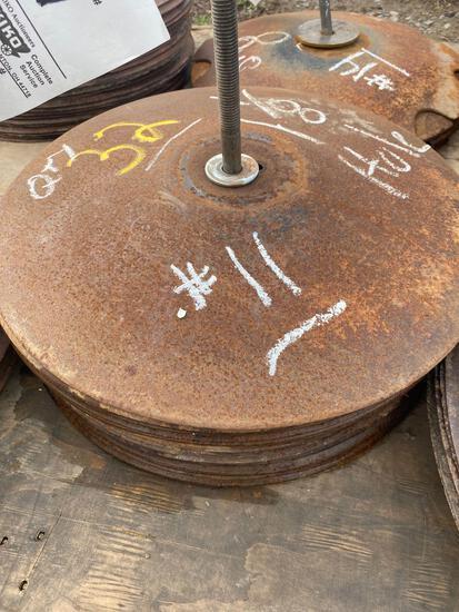 (32) used disc blades 1-1/8 hole