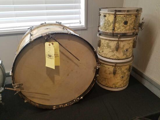 1930s Ludwig 4pc drum set, original, museum quality