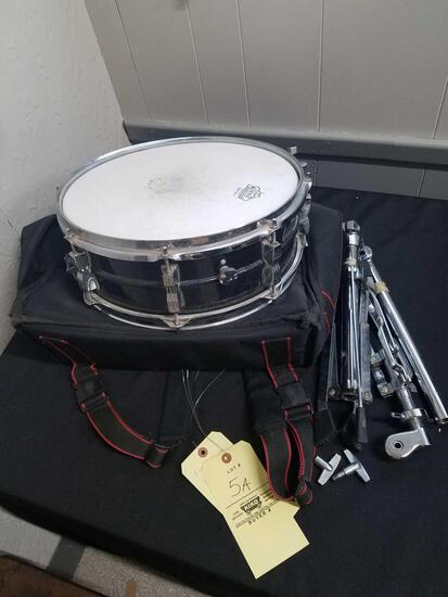 Ludwig 1970s, 8 lug, 14inch, snare drum with cloth case and accessories
