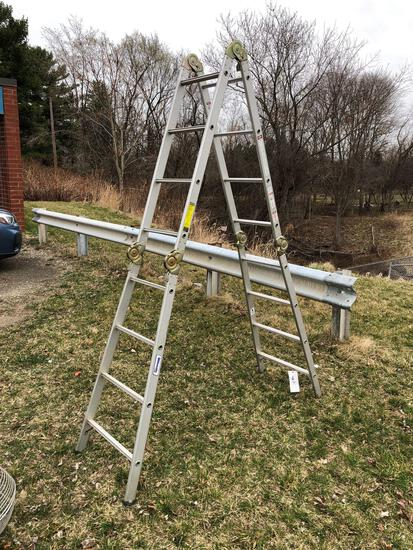 Louisville mod L-2091-17 adjustable ladder