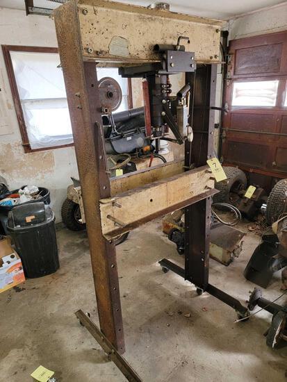Homebuilt Pneumatic Shop Press