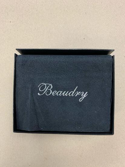 Michael Beaudry Platinum and diamond pendant chain