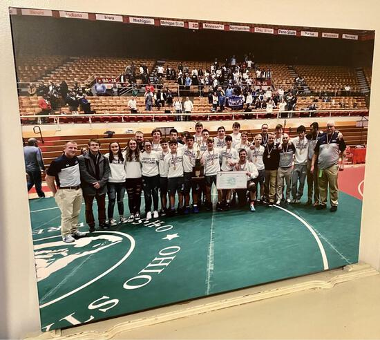 ?DUAL STATE CHAMPION TEAM AND FANS CANVAS