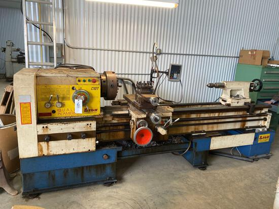 Lion C10T engine lathe with Newall c80 DRO