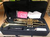 EKing trumpet with case & mouthpiece