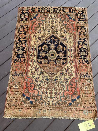 Persian rug, 4.9 x 3.2