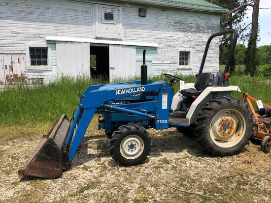 1996 New Holland 1520 tractor w/ loader