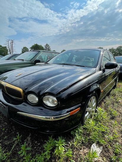 2003 Jaguar X Type, XT2 Good Engine, Bad Transmission, Miles unknown