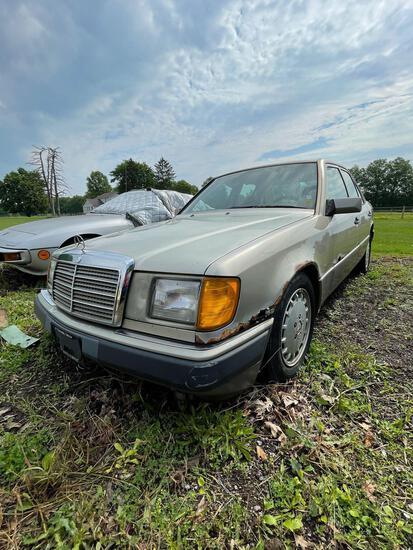 1991 Mercedes Benz Diesel Turbo, 2.5, 196K, Ran when parked