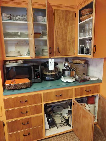 Correll Dishware, Sunbeam Mixer, Nuwave Oven, Microwave, Bakeware, Casseroles