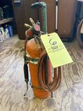 Turbo acetylene torch w/ two extra tips & carrier.