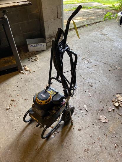 Brute 2200 PSI Power Washer