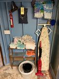 Towels, Vacuum, Shelf