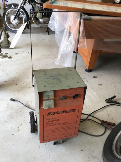 200-amp battery charger