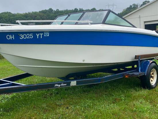Thunder Craft boat w/ Mercury 2.5L inboard/outboard engine, needs all new interior.
