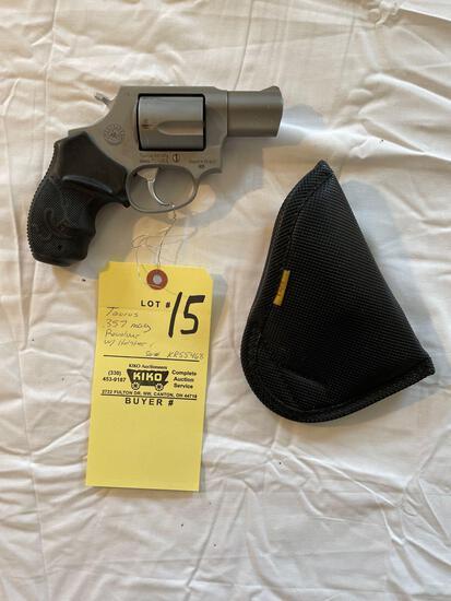 Taurus .357 mag, 5-shot revolver, holster