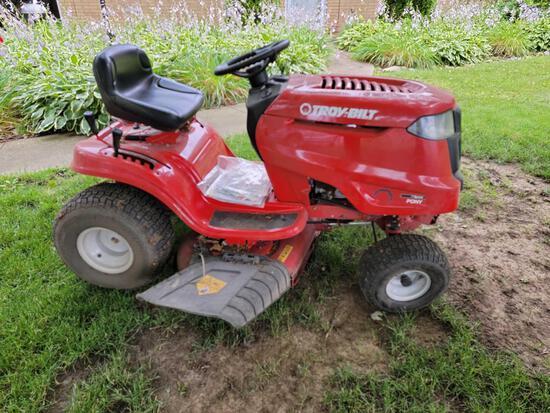 Troy-Bilt 7 Speed Pony Garden Tractor