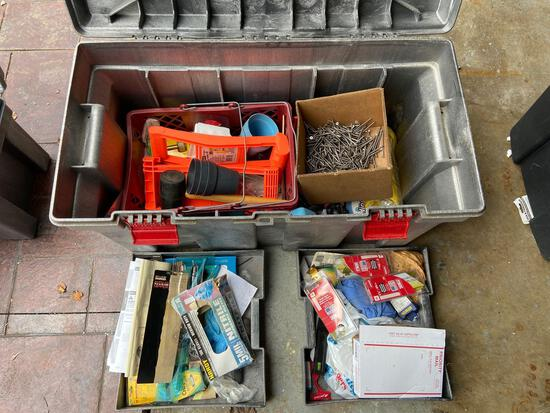Rubbermaid Storage Box with Hardware