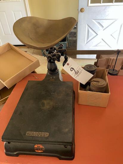Jacob's antique countertop balance scale