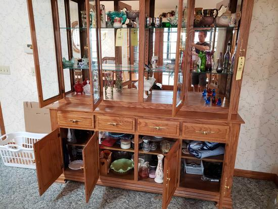 Contents of china cabinet