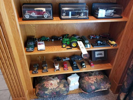 John Deere tractor, cars, banks, pillows
