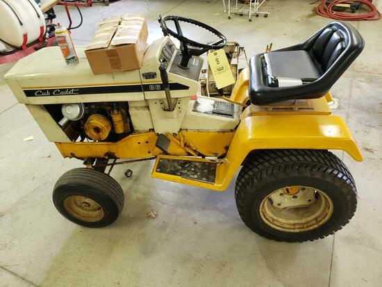 Cub cadet 86 lawn tractor with mower deck and blade