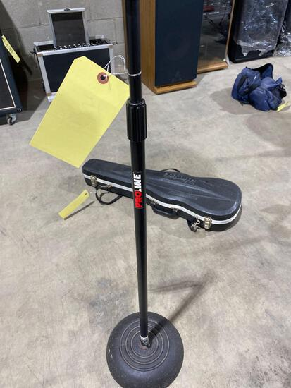 Pro line stand weighted base