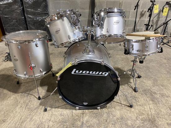 Ludwig accent CS 5 drum set