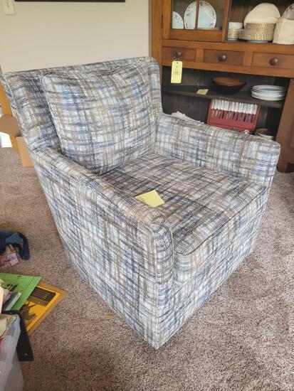 Hallagan swivel upholstered chair