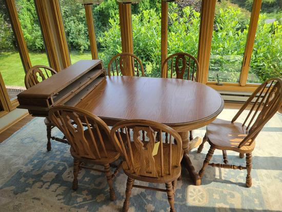 Andreas furniture amish-made oak table with formica top, 4 leaves, 6 chairs