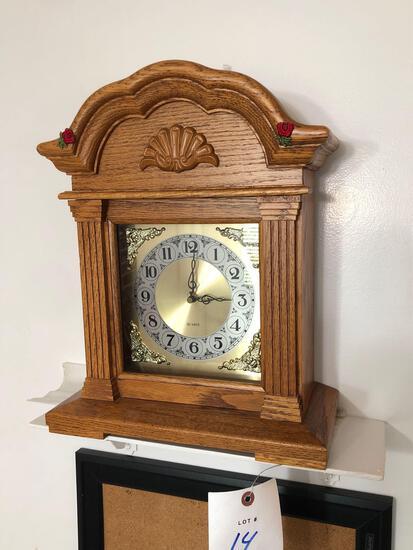Quartz Battery Powered Clock