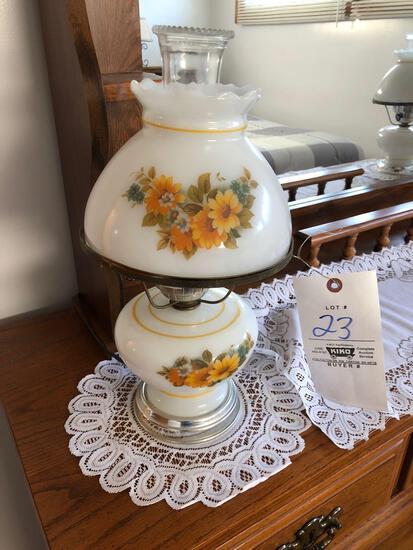 (2) Floral Banquet Lamps