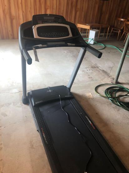 Flex select Nordic-track treadmill