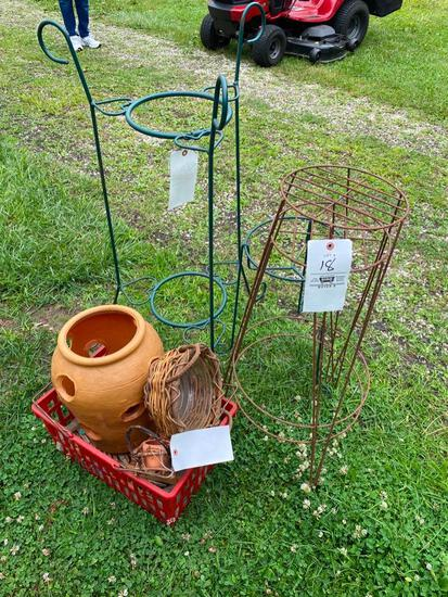 Metal plant stands, planters, heart shaped plant stand