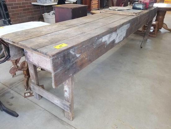 Long workbench, approx. 11 1/2 ft
