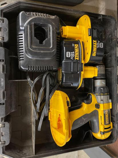 DeWalt 18 V drill. Two batteries one charger.