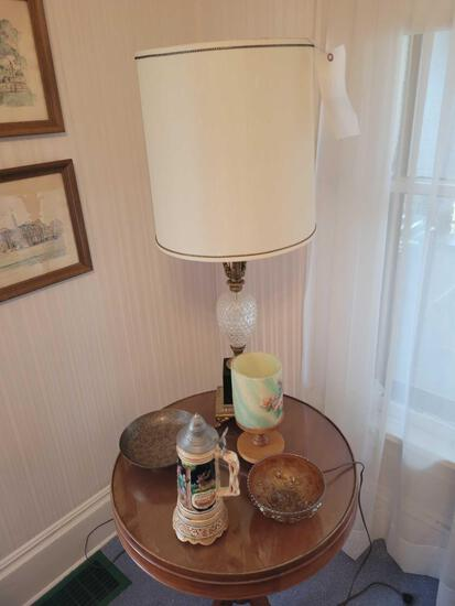 Table lamp, carnival bowl, brass dish, musical stein