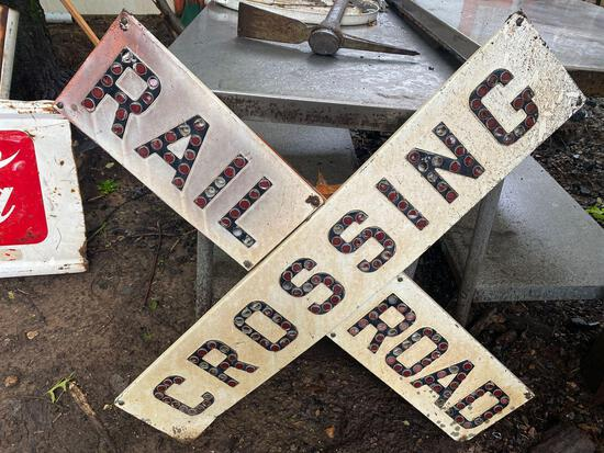Authentic Rail road crossing sign metal - 4ft
