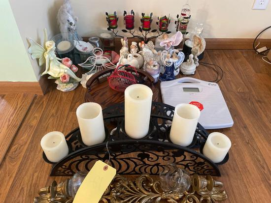 Candle sticks, figurines, scale