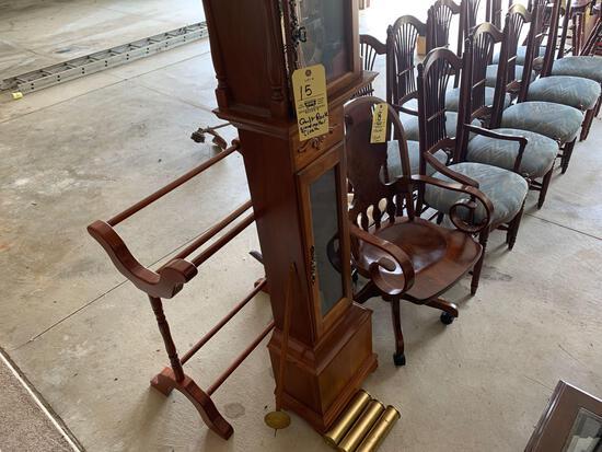 Grandmother clock - quilt rack