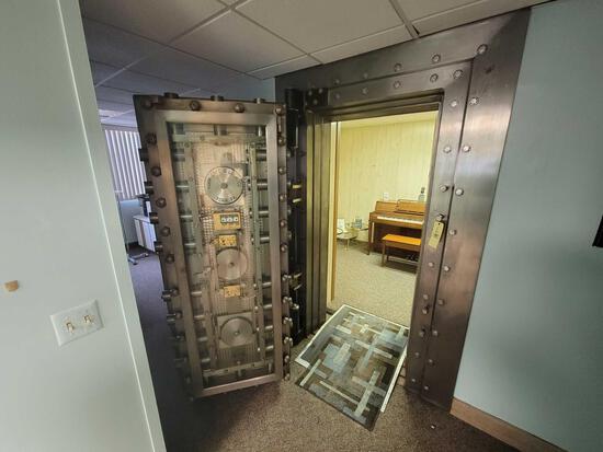 York Safe & Lock Co. Bank Vault Door