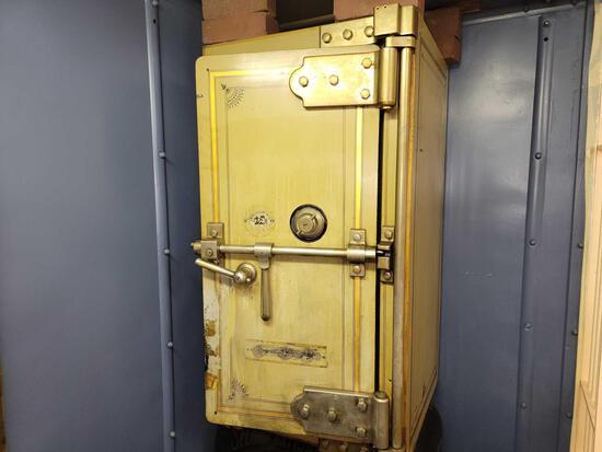 Diebold Safe & Lock Co. Combination Safe
