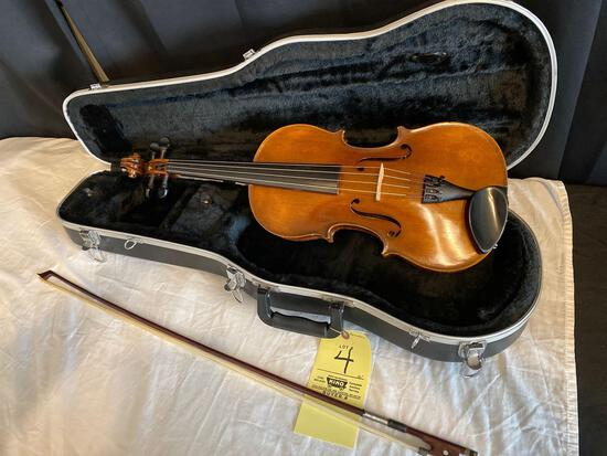 """Antonius Stradivarius COPY made in West Germany, 26"""" long. With bow & hard case."""