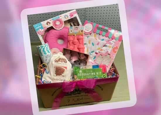 Mommy and Me Baking Gift Set
