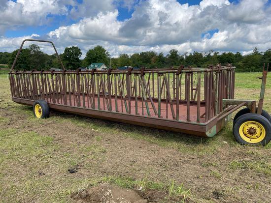 24ft J&L headlock feeder wagon, 29 locks
