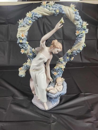 Lladro Rebirth Millenium 2000 6571 Approx 16.5in Tall