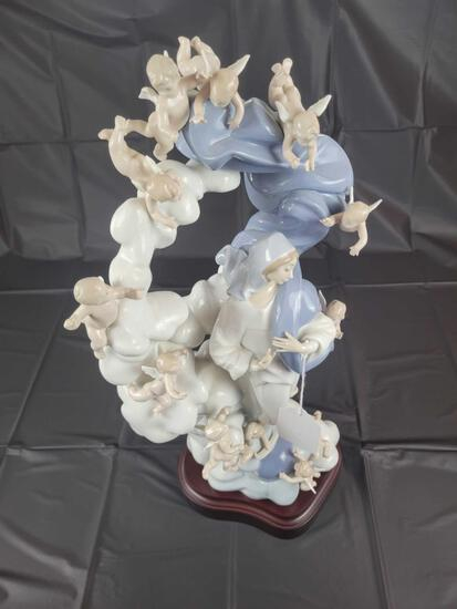 Lladro No. 65 Immaculate Virgin 1799 Approx. 21.25in Tall