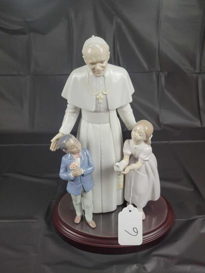 Lladro Pope John Paul II No. 85 345 Approx. Approx 13.7in Tall