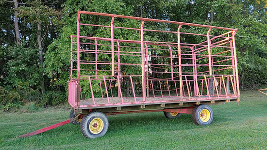 Pequea kicker bale wagon 8ft by 18ft