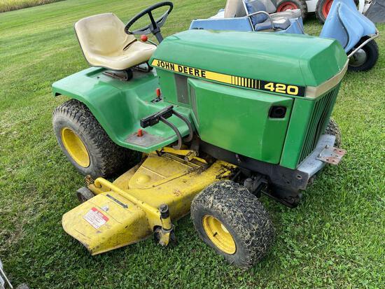 John Deere 420 lawn tractor, hydro,